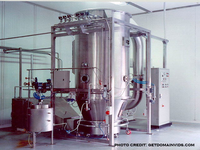 picture of a fluidized bed granulator