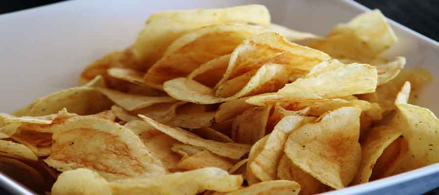 10 Foods and Drinks to Avoid If You Have Hypertension: Salty snacks
